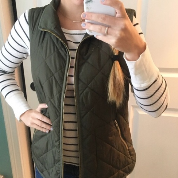 Old Navy Jackets & Blazers - Army green vest